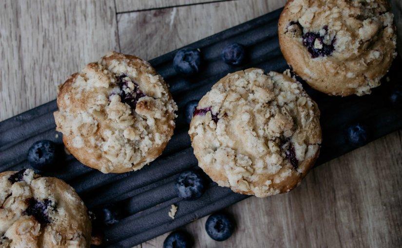 Vegan blueberry crumblemuffins